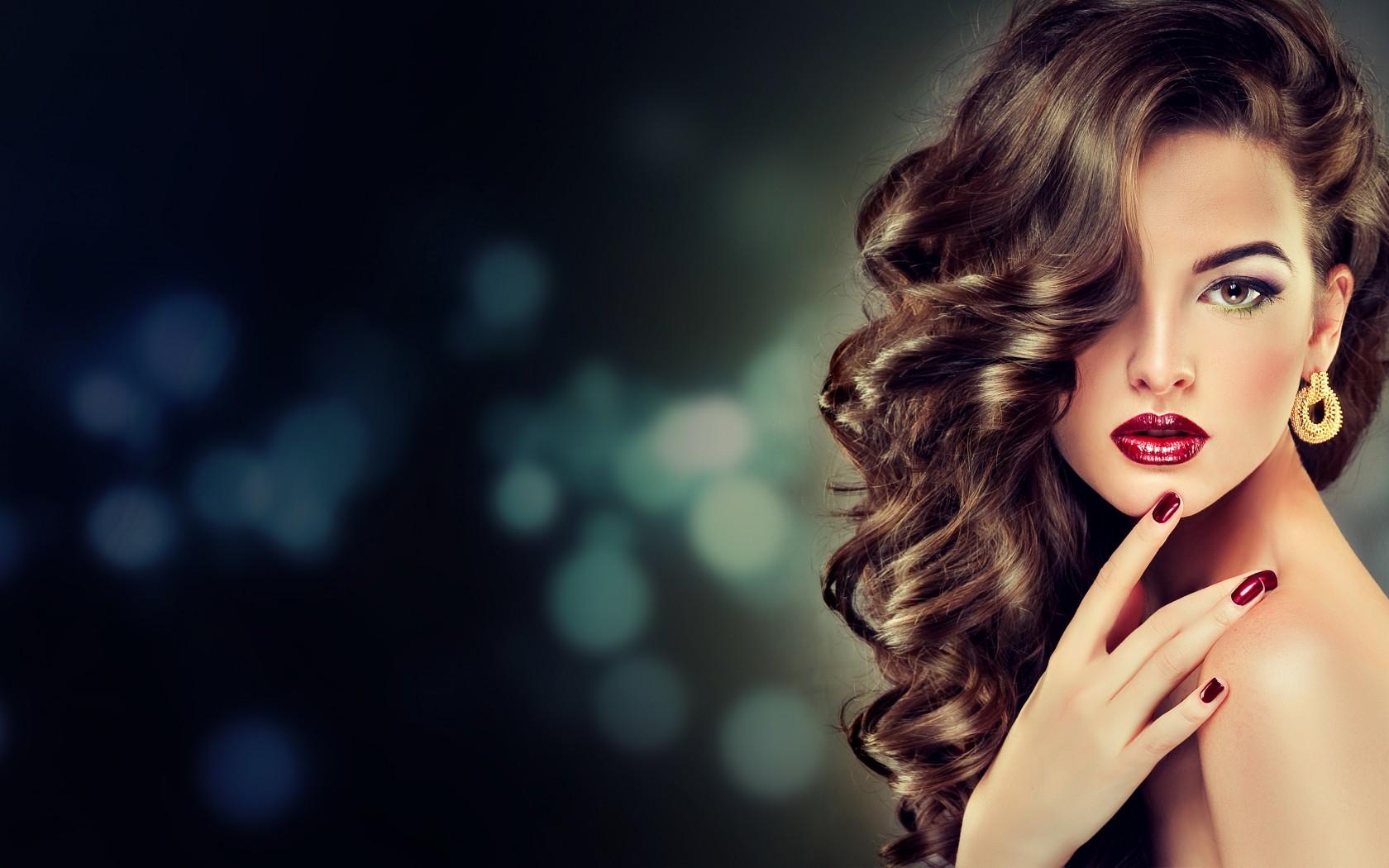 Красивое прически и макияжа